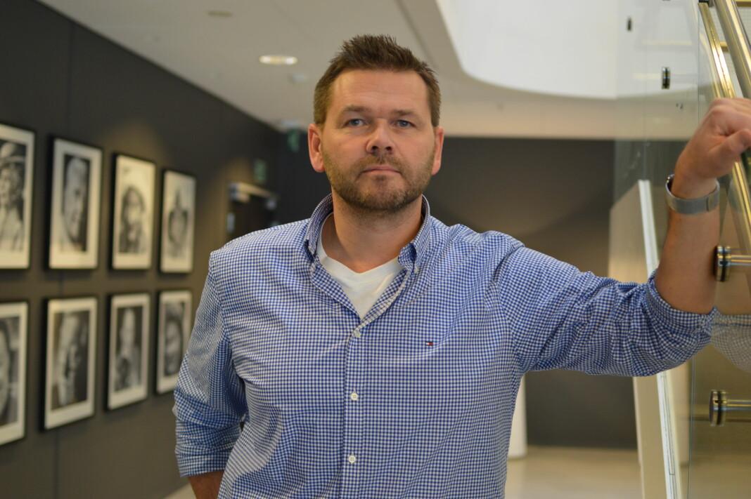 Jonas Jørstad er digitalredaktør for Seoghør.no og Dagbladet Kjendis, og har også byline på artikkelen med 20 ubesvarte spørsmål til komiker Ørjan Burøe. Foto: Nils Martin Silvola