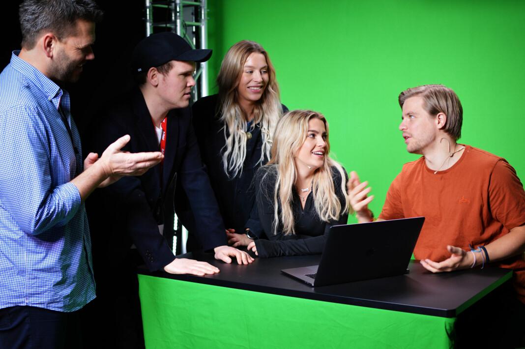 Fra venstre: Redaktør Jonas Jørstad, produsent Sondre Rahm, videojournalister Thea Hope, Kine Falch, Jonas Scheie Hammer. Foto: Nils Martin Silvola