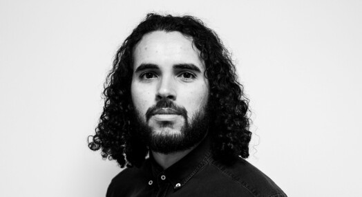 Patrick Da Silva Sæther får fast jobb som fotojournalist i NRK
