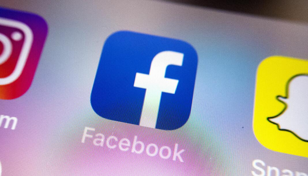 Facebook, Google og Twitter har alle undertegnet samarbeidsavtaler med EU der de lover å skjerpe innsatsen mot desinformasjon. Illustrasjonsfoto: Gorm Kallestad / NTB scanpix
