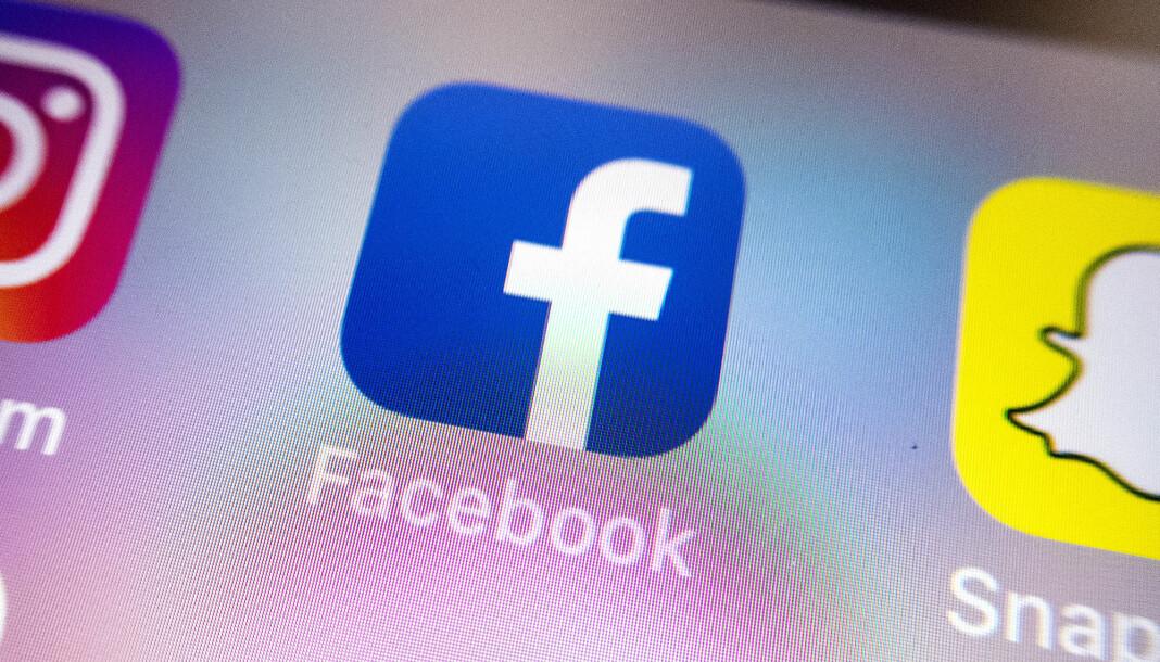 Facebook-sjefer kan fengsles i Australia dersom voldelige videoer fra virkeligheten strømmes på plattformen, etter at et nytt lovforslag ble vedtatt torsdag. Illustrasjonsfoto: Gorm Kallestad / NTB scanpix