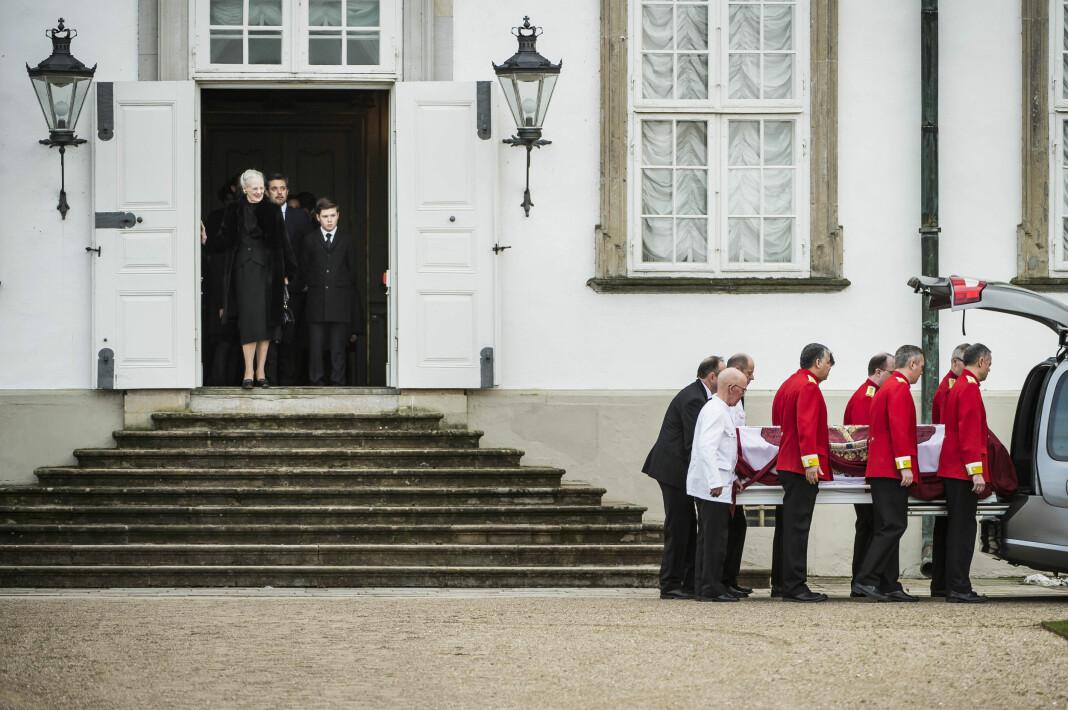 Nyhet, Danmark: Asger Ladefoged, Berlingske. For en bildserie fra prins Henriks død.