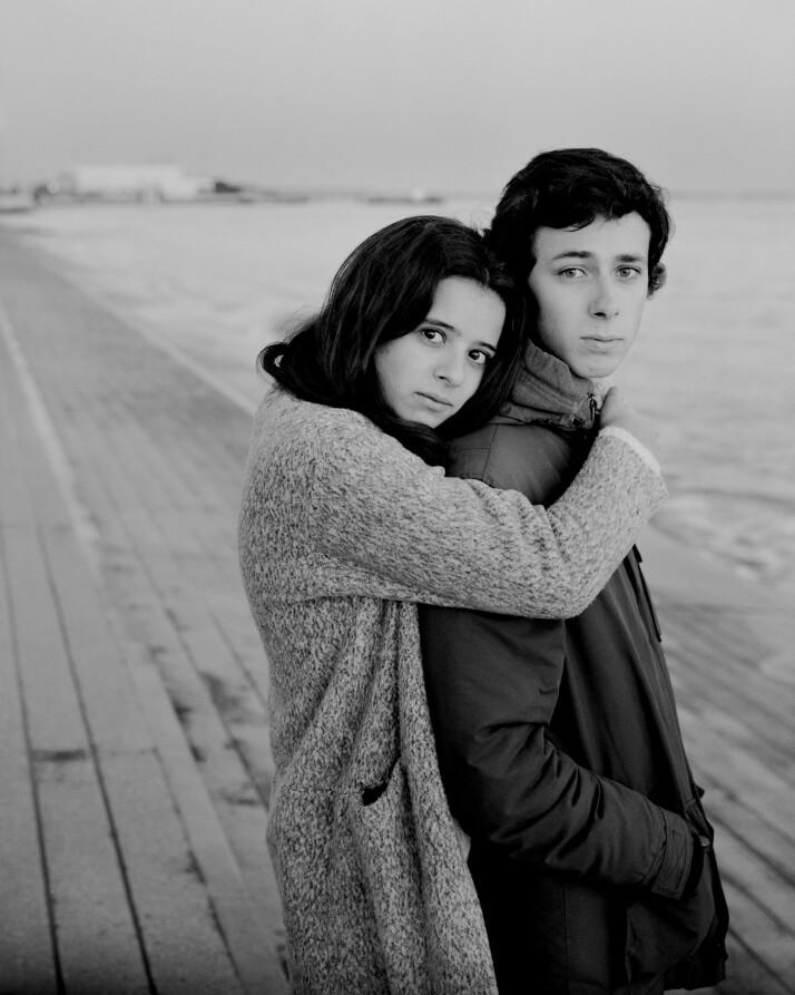 Lisboa, Portugal: Ines Andrade e Sousa og Manuel Mendes de Almeida. – Vi bor fortsatt hos foreldrene våre, hver for oss, slik som de fleste andre unge i Portugal. Vi flytter ikke ut før vi eventuelt får en jobb og gifter oss.