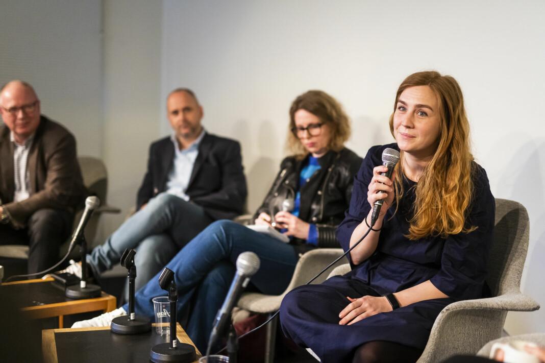 Fotojournalist Line Ørnes Søndergaard satt i panelet i debatten om nyhetsfotografiet. Foto: Kristine Lindebø