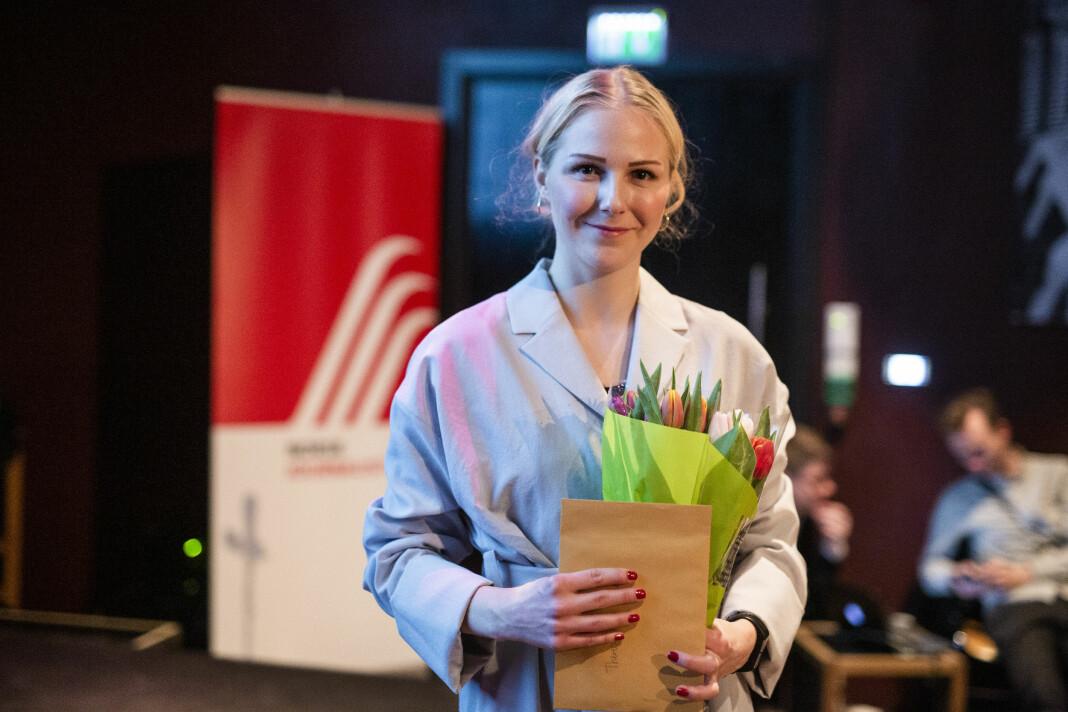 Her er Therese Alice Sanne fra Årets bilde i år, hvor hun fikk 50.000 kroner fra Karina Jensens minnefond. Hun vant også 1. pris i åpen klasse for et fotoprosjekt om psykisk helse. Foto: Kristine Lindebø