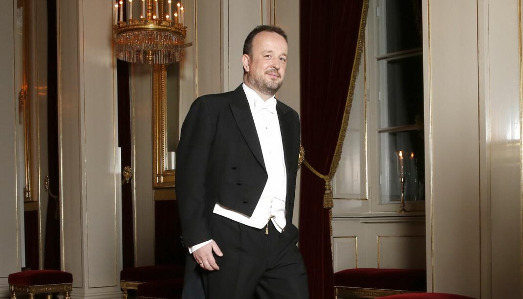 Daværende VG-kommentator Frithjof Jacobsen på vei til diplomatmiddag på slottet i 2016. Foto: Vidar Ruud / NTB scanpix