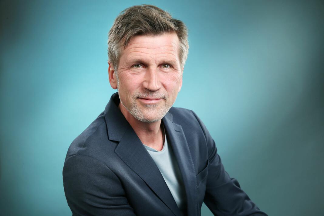 Håkon Haugsbø er programleder for den nye satsningen fra NRK P2, Desse dagar. Foto: Ole Kaland/NRK