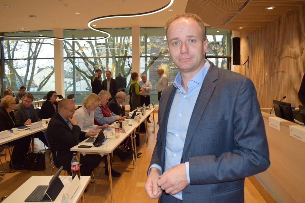 Frp-politiker Frode G. Hestnes er varaordfører i Re og fylkesutvalgsrepresentant. Foto: Lars Døvle Larssen