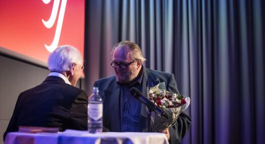 Berit Rekaa og Toralf Sandåker hedres for sin innsats i NJ