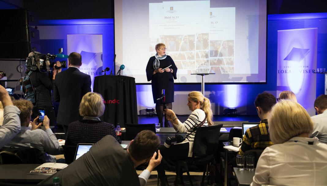 Kulturminister Trine Skei Grande ble flere ganger i dag avbrutt av applaus i Drammen. Men ikke alle jublet. Foto: Berit Roald / NTB scanpix
