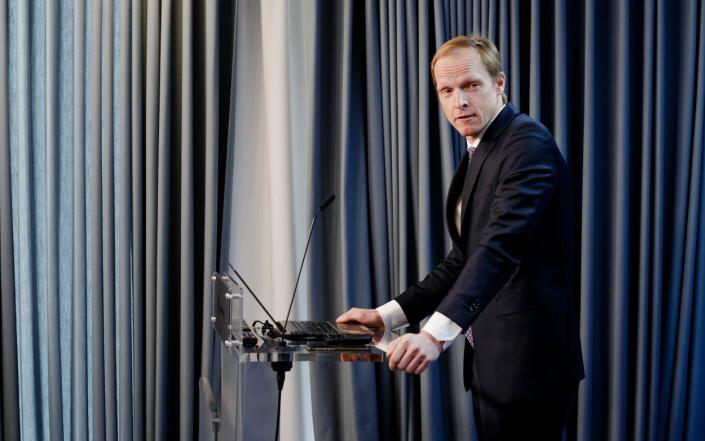 Christian Reusch presenterer utredningen og forslaget til ny arkivlov, fra arkivlovutvalget, på Kommunal- og moderniseringsdepartementet i Oslo. Foto: Eskil Wie Furunes