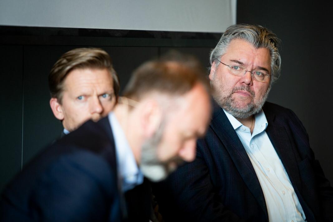 Morten Wold (Frp) har tro på bred støtte for forlengelse av FM-konsesjonene til norske lokalradioer. Han får støtte fra Trond Giske (Ap) og Tage Pettersen (H). Alle sitter i familie- og kulturkomiteen på Stortinget som skal behandle saken. Foto: Eskil Wie Furunes