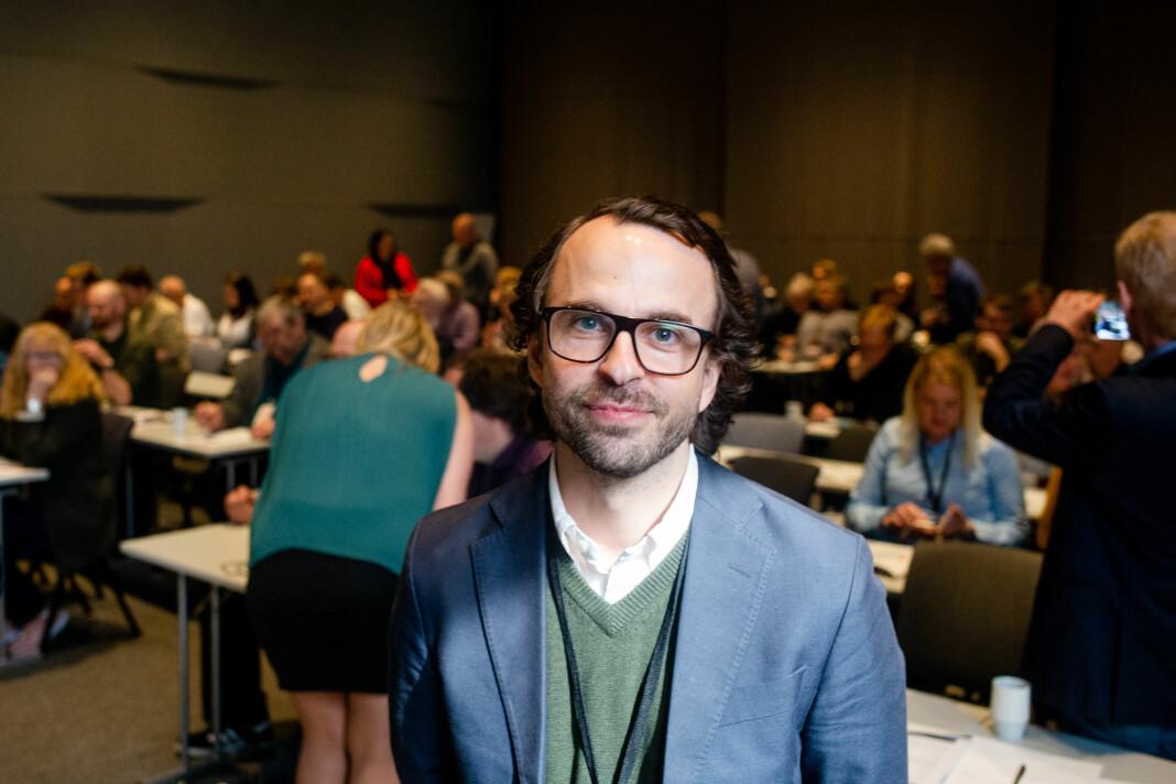 Aslak Sommerfelt Skretting leder Jærradiogruppen som driver en rekke lokalradiostasjoner rundt om i Norge. Han er også styreleder i Norsk lokalradioforbund. Foto: Eskil Wie Furunes
