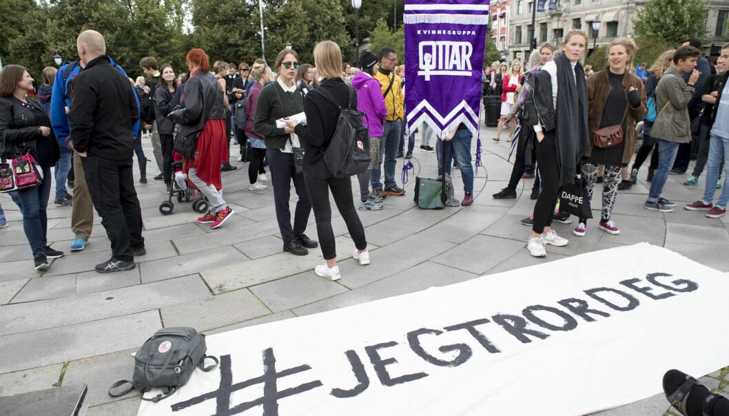 Hemsedal-saken skapte store reaksjoner, og Kvinnefronten arrangerte støttedemonstrasjon for kvinnen som anmeldte. Foto: NTB scanpix