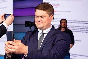Resett søkte seg mot presseforbund på mandag, publiserte anmeldelse med bruk av ordet «araberpakk» på tirsdag