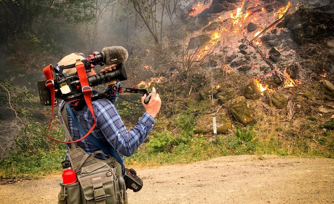 «Dette er fra brannen i Paradise, nord for Sacramento i California, i fjor høst. Anders Magnus og jeg dro dit og jaktet på brannen som hadde ødelagt hele byen med 25.000 mennesker,» skriver Lars Os om bildet. Foto: Privat
