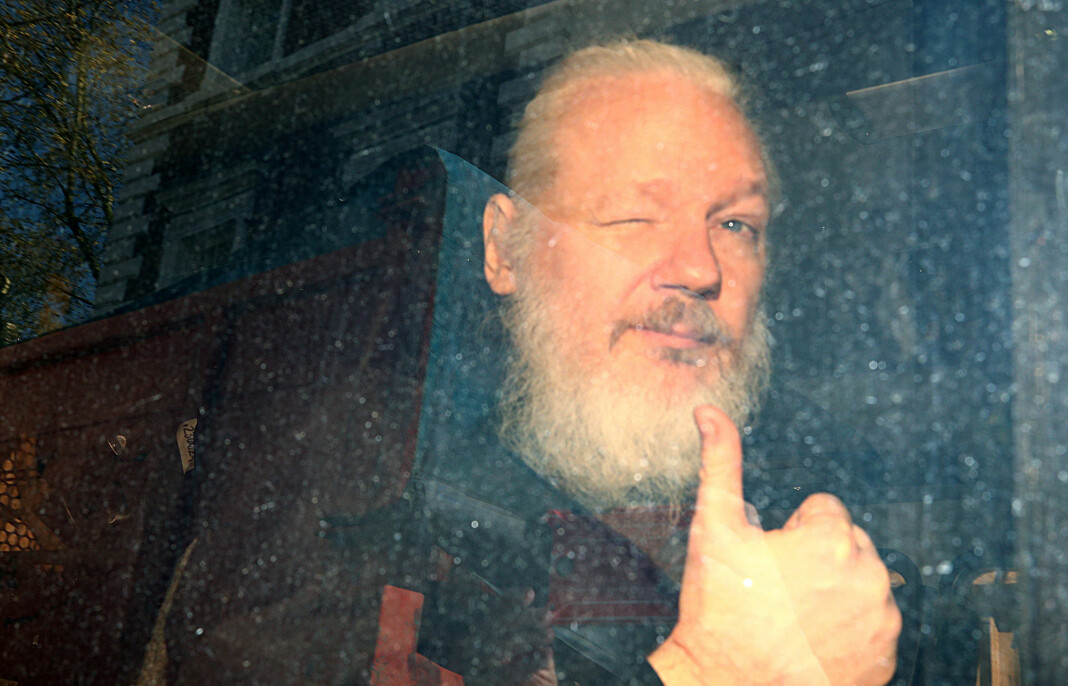 Julian Assange motsetter seg utlevering til USA. Foto: Hannah Mckay / Reuters / NTB scanpix