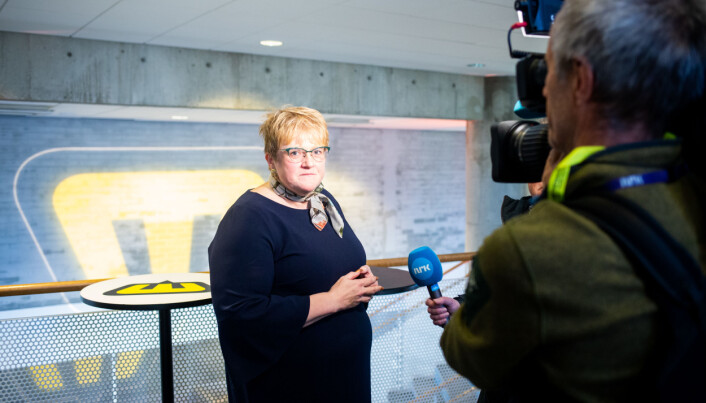 Kulturminister Trine Skei Grande er kritisk til mediestøtte som gir mest til de største avisene. Foto: Eskil Wie Furunes