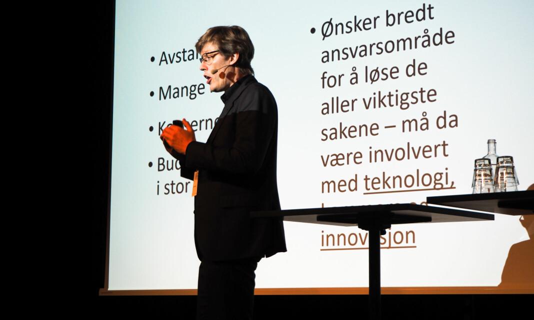 NTNU-forsker Jens Barland på scenen under Medieleder 2019 i Bergen i forrige uke. Foto: Roger Aarli-Grøndalen