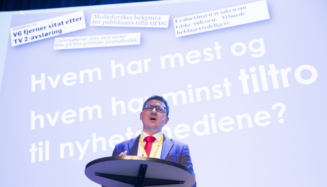 Medieforsker Erik Knudsen presenterte Medieundersøkelsen under nordiske mediedager i Bergen. Foto: Terje Pedersen / NTB scanpix