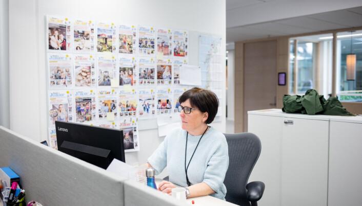 Redaksjonssjef Anette Aasheim på jobb. Foto: Eskil Wie Furunes