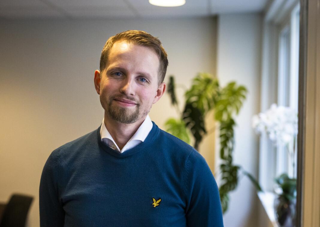 Sjefredaktør i Nordlys, Helge Nitteberg, sier at de egentlig skulle ha sju sommervikarer.