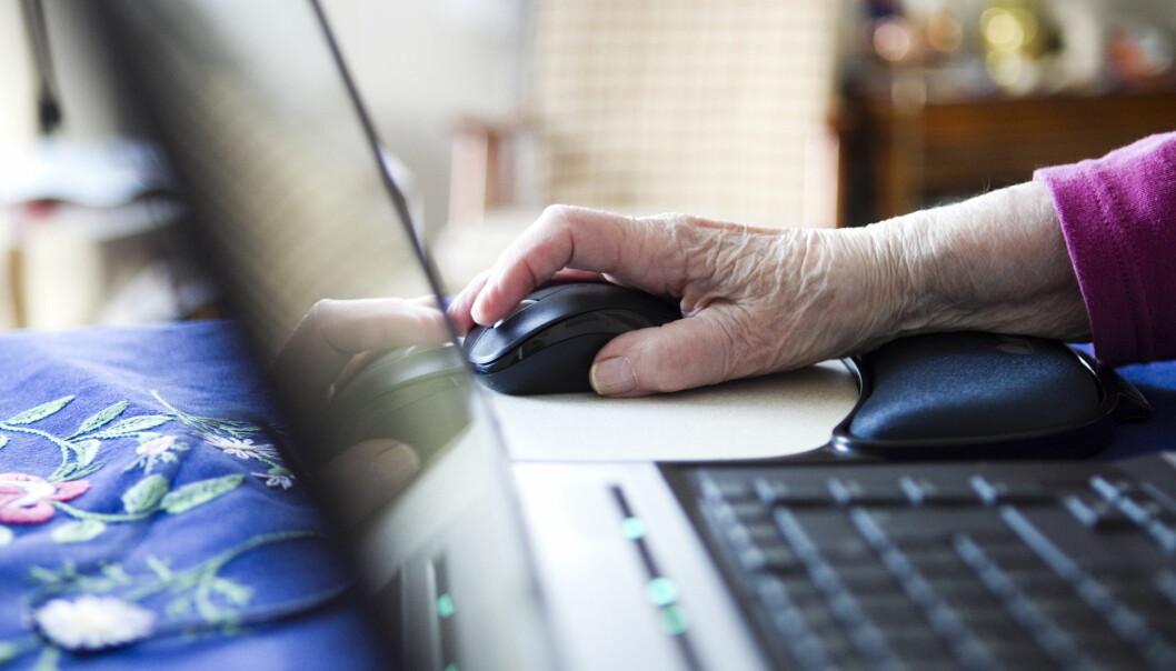 Mange eldre har store problemer med å takle dagens digitale mediehverdag, viser Medietilsynets undersøkelse. Foto: Berit Roald / NTB scanpix