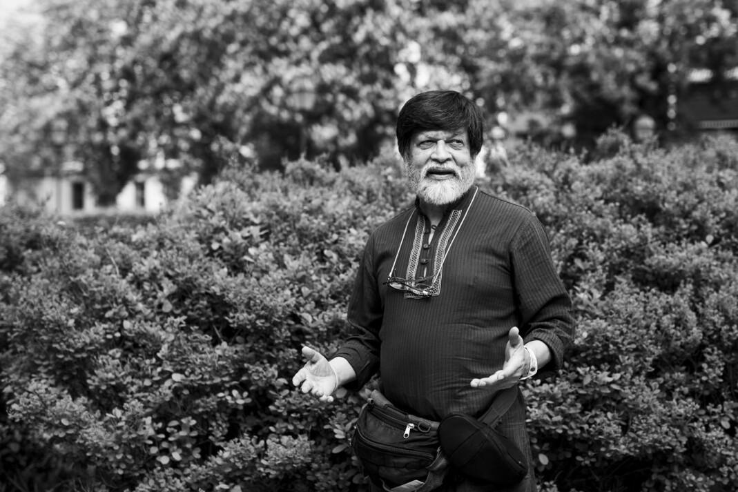 Shahidul Alam takker først og fremst andre aktivister i Bangladesh for at han ble løslatt på kausjon. – Men jeg er ennå ikke fri. Foto: Kristine Lindebø