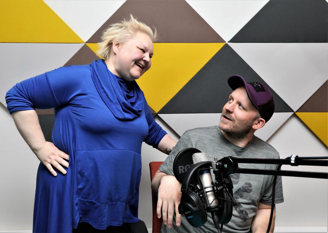 Heidi Nilima Monsen og Martin Hovden ser fram til å sette i gang med Ruijan Radio. Foto: Freddy Ludvik Larsen, Altaposten