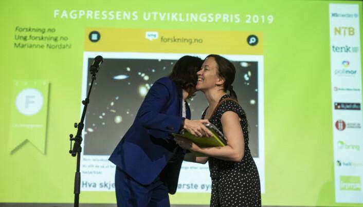 Fagpressens utviklingspris 2019 går til forskning.no for Ung.forskning.no. Foto: Kristine Lindebø