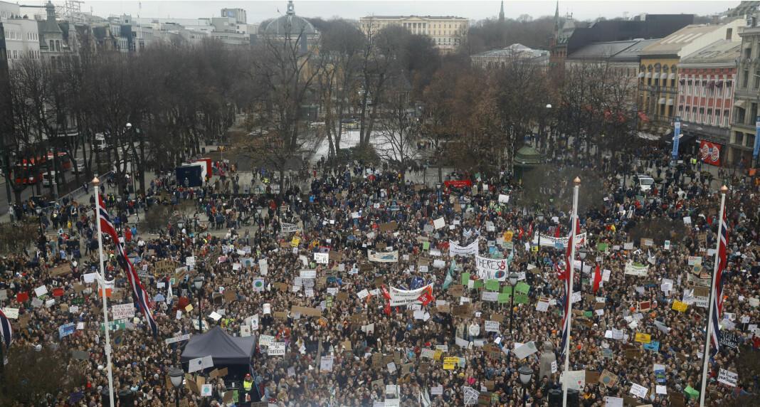 Flere av innleggene som er publisert i kampanjen, omhandler skolestreiken i Oslo og demonstrasjonen utenfor Stortinget i mars. Foto: Tom Hansen / NTB scanpix.