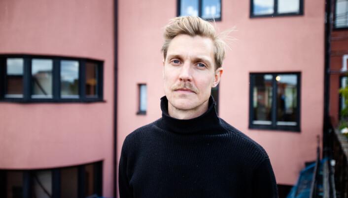 Espen Klouman Høiner har regi. Skuespilleren har tidligere spilt en rolle som kommunikasjonsrådgiver i TV-serien Mammon.
