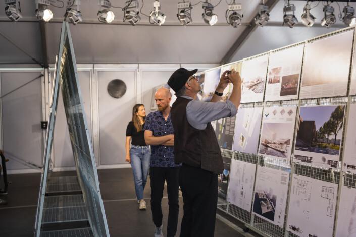 Visningssenteret for Fotografihuset åpnet onsdag, og står åpent fem dager i uka i sommer. Foto: Kristine Lindebø