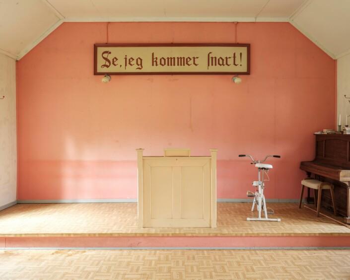 «Sjå eg kjem snart» har reist rundt i Norge, og skal nå stilles ut i Arendal. Foto: Erlend Berge