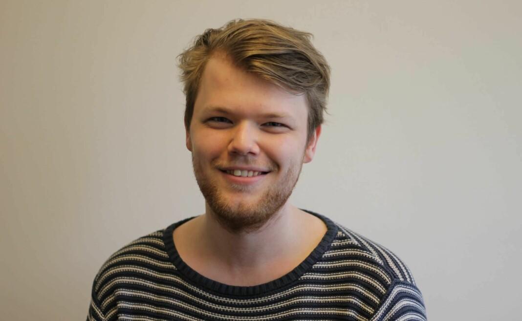 Bergenseren Tarjei Elias Valle Kvamme (24) er Studentradioen i Bergens nye sjef. Foto: Michelle Daae / Studentradioen i Bergen