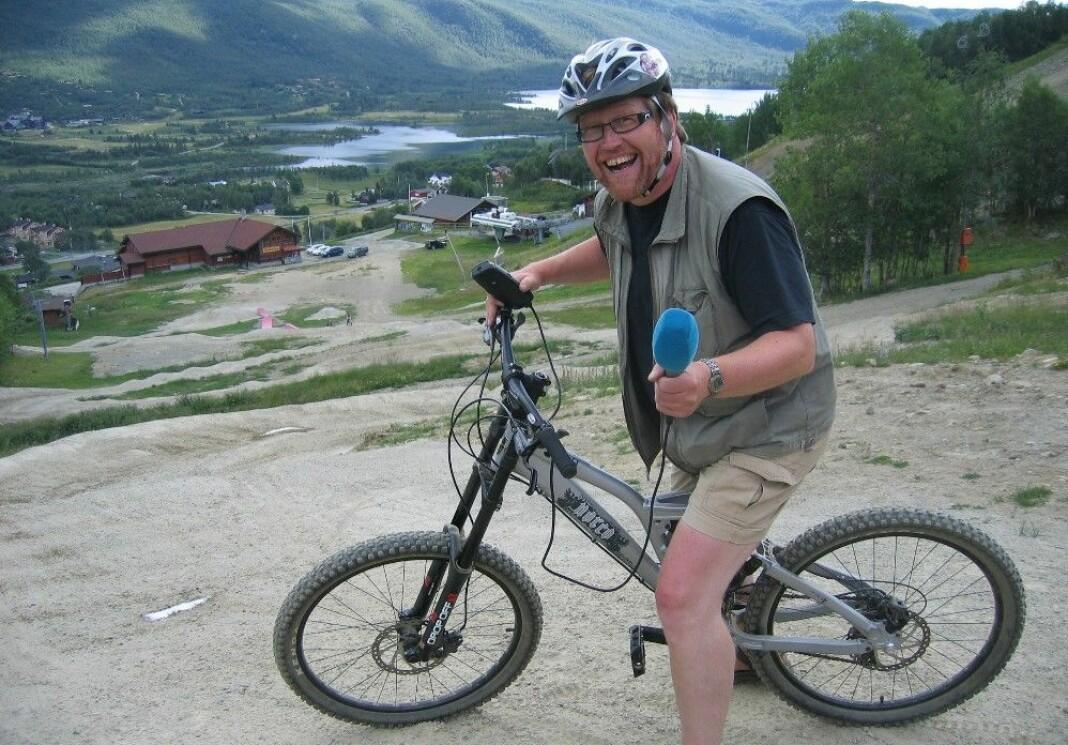 «Gunnar jobbet ved lokalkontoret på Ål og var vår mann i dalen. Gunnar var stemmen fra Hallingdal», skriver distriktsredaktør Chris Carlsen. Foto: NRK