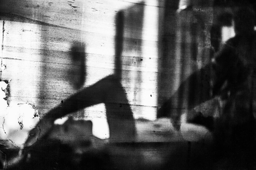 Camilla Jensen utforsker temaer som identitet og grensene mellom offentlig og privat uttrykk. Foto: Camilla Jensen
