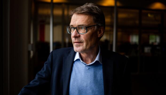 Geir Arne Glad, redaktør i Helgelendingen, har utfordringer med å rekruttere nye journalister. Foto: Eskil Wie Furunes