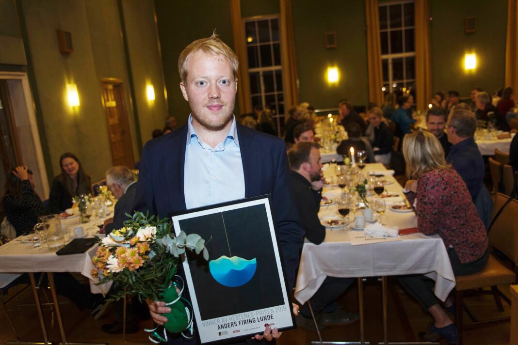 Morgenbladet-journalist Anders Firing Lunde ble mandag kveld hedret med Hestenesprisen. Foto: Filmfestivalen i Haugesund