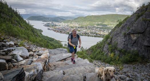 MORGENRUTINEN: Lena Knutli glemmer aldri da hun like før intervjuavtalen oppdaget at hun sto i feil nordnorsk by