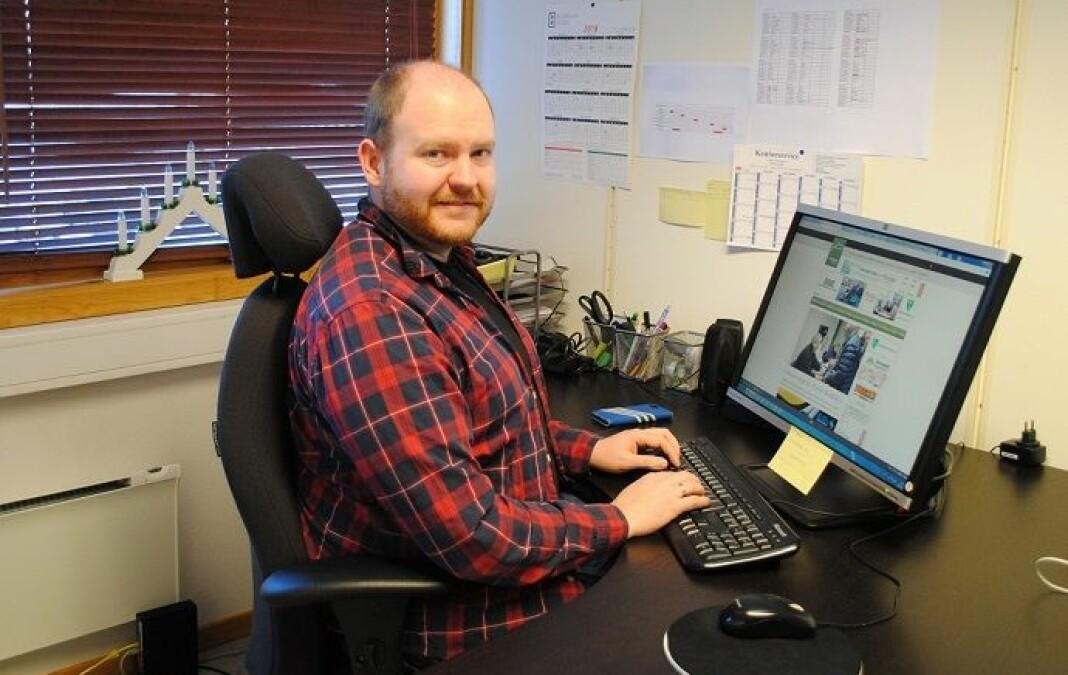 Øystein Hjelle Bondhus kommer fra jobben som skrivende redaktør og daglig leder i Trollheimsporten.
