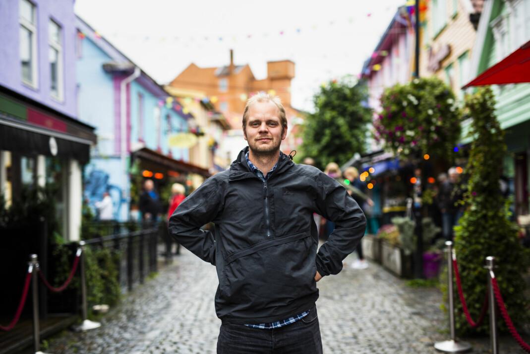 – Jeg trives ekstremt godt med å bo her, sier Kristjánsson om sitt nye liv i Stavanger, selv om han er uten lønn, uten lappen og uten «medie-bobla» han var en del av i Oslo.