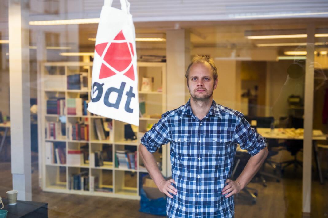 Rødts ordfører-kandidat i Stavanger, Mímir Kristjánsson, håper han får mer tid til å skrive nå når han er politiker enn da han var nyhetssjef i Klassekampen. Og at han en dag vil komme tilbake til journalistikken. Alle foto: Kristine Lindebø