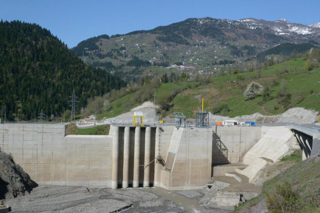 Den største demningen til Clean Energy Invests kraftverk i Georgia. Foto: Ragnar Skre