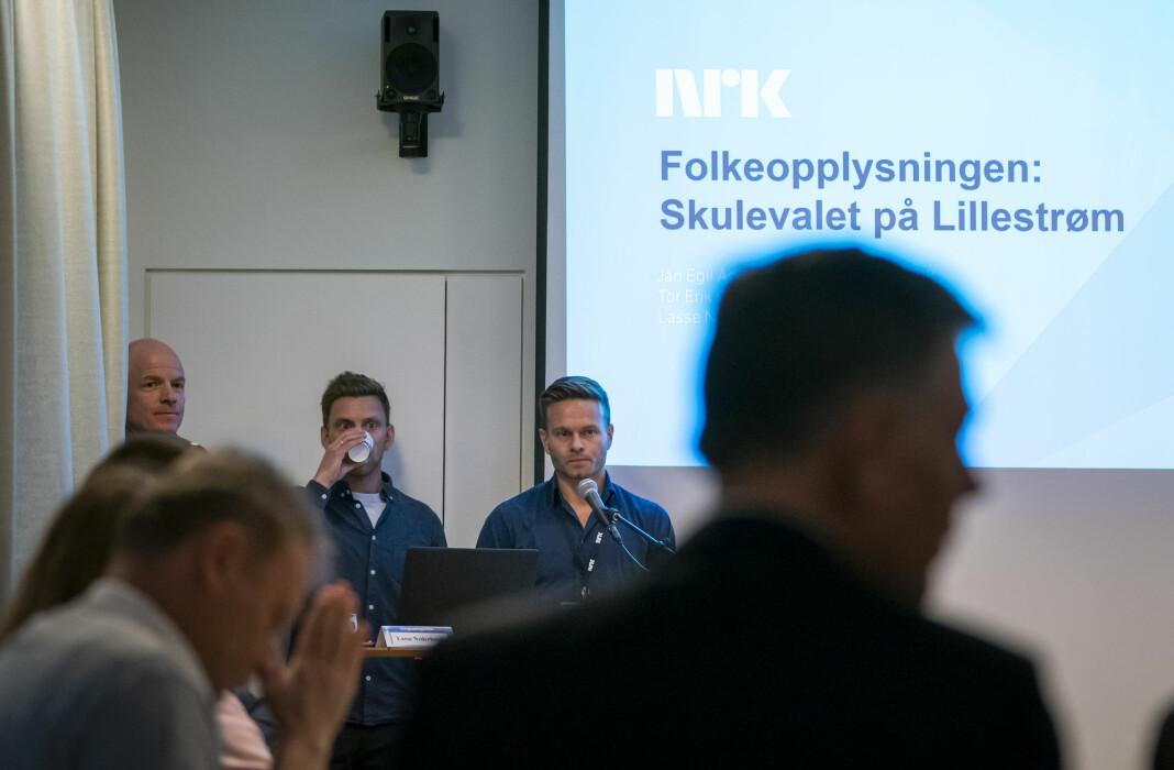 Prosjektredaktør Jan Egil Ådland i NRK, produsentene Lasse Nederhoed og Tor Erik Olsen presenterer Folkeopplysningens valgmanipulering som behandles i Kringkastingsrådet. Foto: Heiko Junge / NTB scanpix