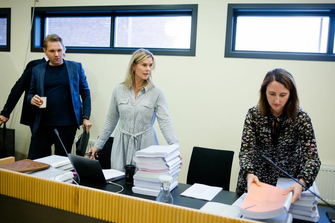 Fra venstre journalistene Jens Christian Nørve, Sophie Aaserud og Hanne Taalesen ble saksøkt og dømt til å betale oppreisning i 2017. Nå behandles ankesaken. Foto: Eskil Wie Furunes
