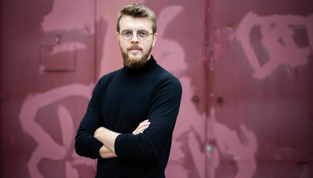 Kyrre Lien er svært kritisk til bransjen han selv leverer til som frilanser. Foto: Eskil Wie Furunes