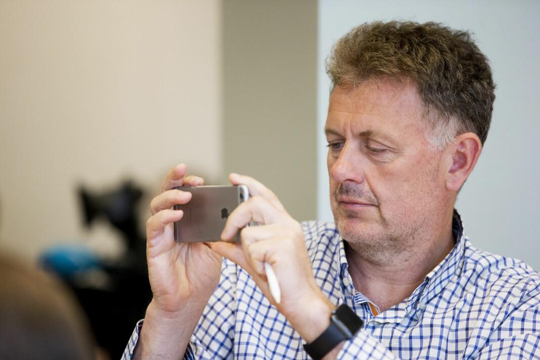 Nettavisen-redaktør Gunnar Stavrum besluttet å ikke ha egne fotografer i redaksjonen. Her er han på en av Miljøpartiet De Grønnes pressekonferanser i 2016. Foto: Foto: Håkon Mosvold Larsen / NTB scanpix