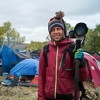 Adam Johansson, her i «Standing Rock»-leiren i 2016. Foto: Camille Seaman