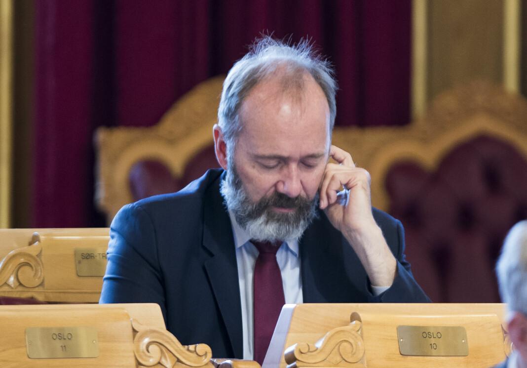 Trond Giske (Ap) under trontaledebatten. Han har i det siste begynt å klage på medienes dekning av varslersakene mot ham igjen. Foto: Terje Pedersen / NTB scanpix